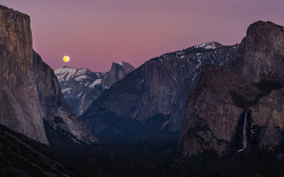 Yosemite Valley & Snow Moon